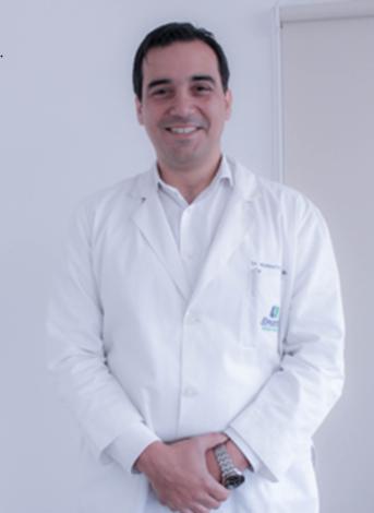 Dr. Humberto Verdugo